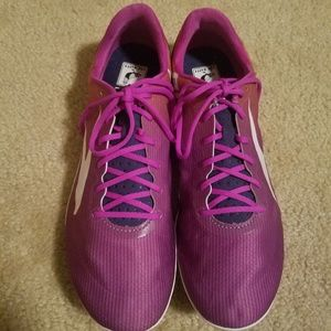 Brooks track shoes size 9.5